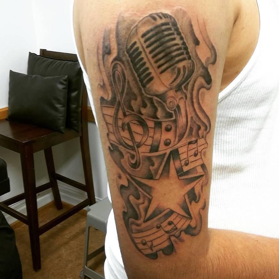 mic-music-piece